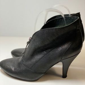 Nine West Black Leather Ankle Boot Zipper 8
